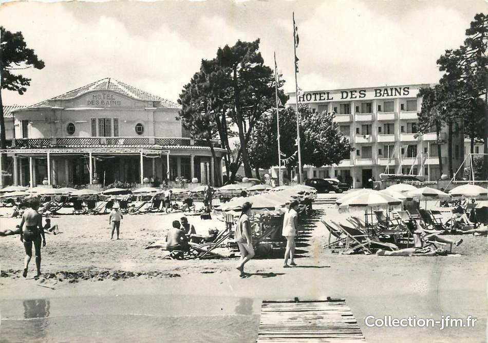 Cpsm france 83 cavalaire sur mer la plage et hotel des for Gerardmer hotel des bains