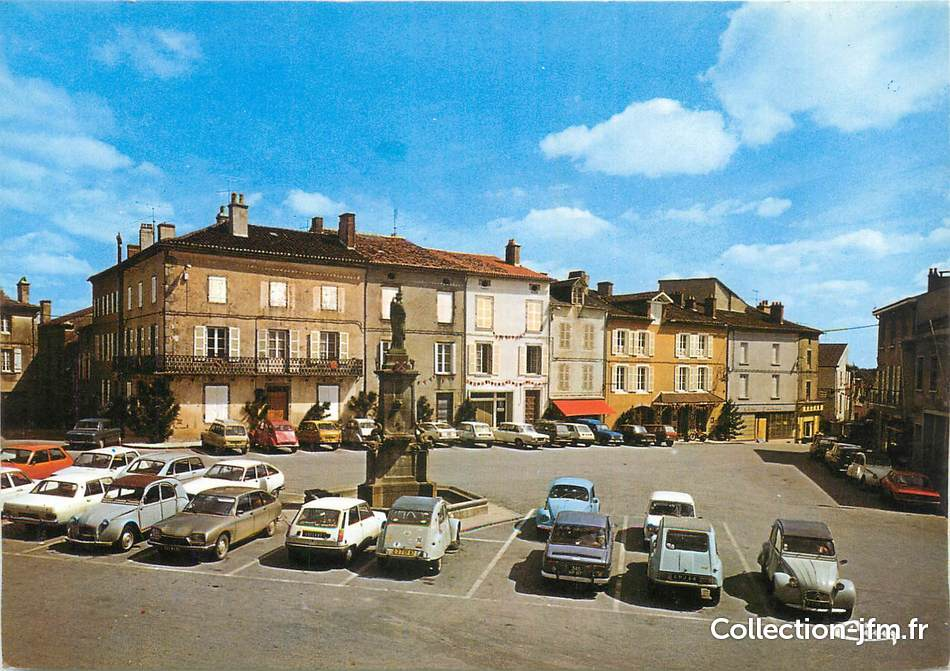 Cpsm france 87 le dorat place charles de gaulle 87 for 87 haute vienne france