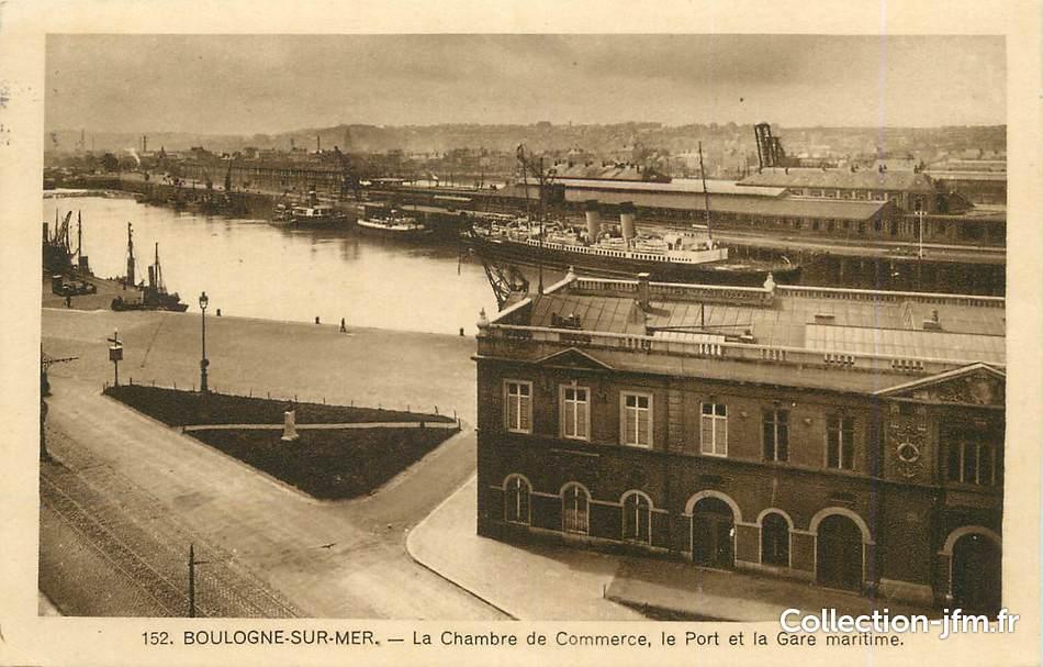 Cpa France  Boulogne Sur Mer La Chambre De Commerce Le Port Et