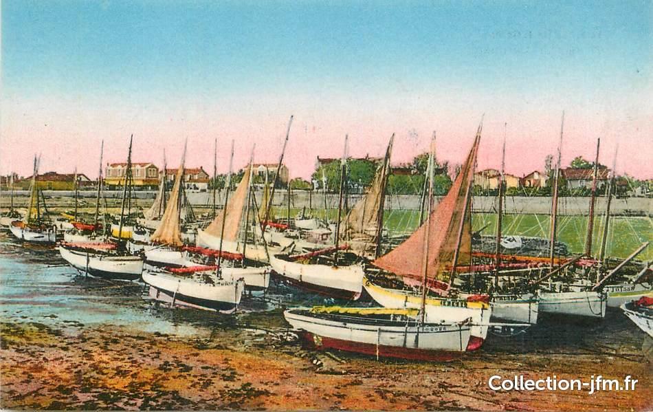 Cpa France 17 L Ile D Oleron Port De La Cotiniere 17 Charente